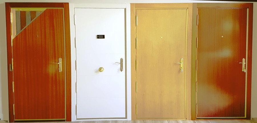 Precios de puertas blindadas latest puertas de seguridad for Precio puertas blindadas exterior